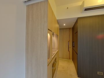 BOHEMIAN HOUSE Low Floor Zone Flat E Central/Sheung Wan/Western District
